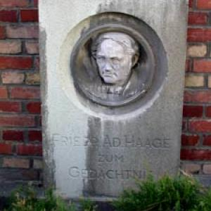 Friedrich Adolph Haage Denkmal