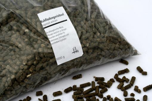 Kuhfladengeriebsel (cow manure) 1 kg